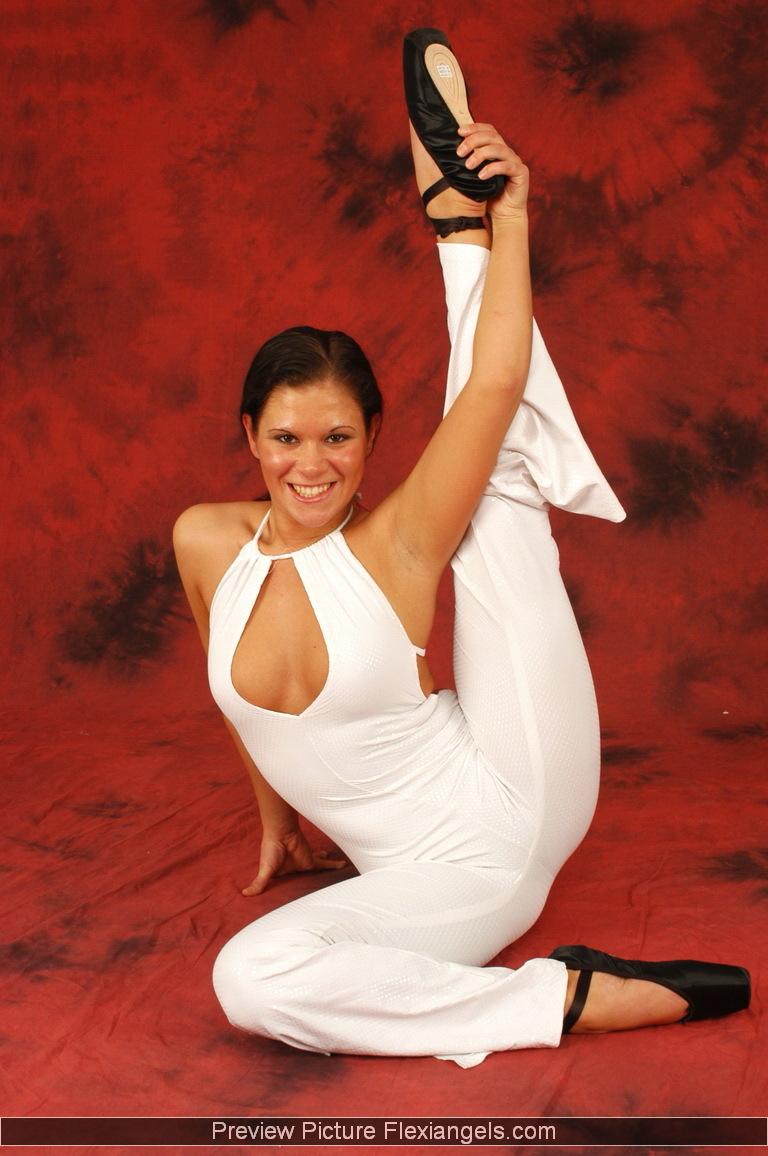 Flexible gymnasts pics
