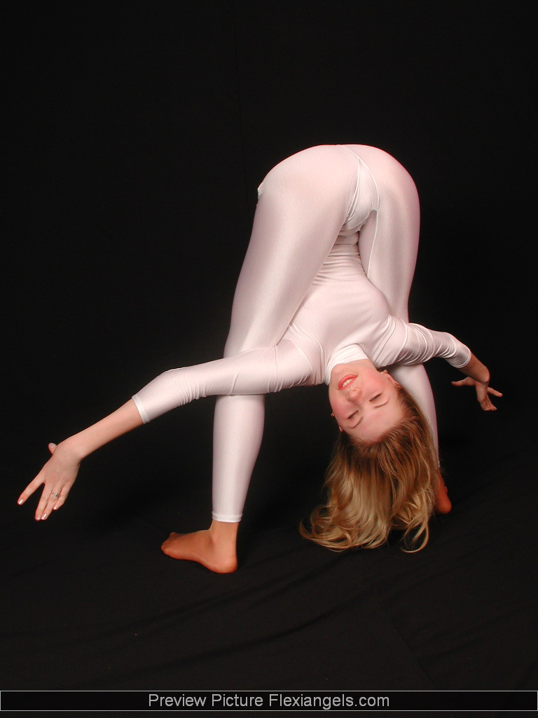 Flexible young gymnasts pics